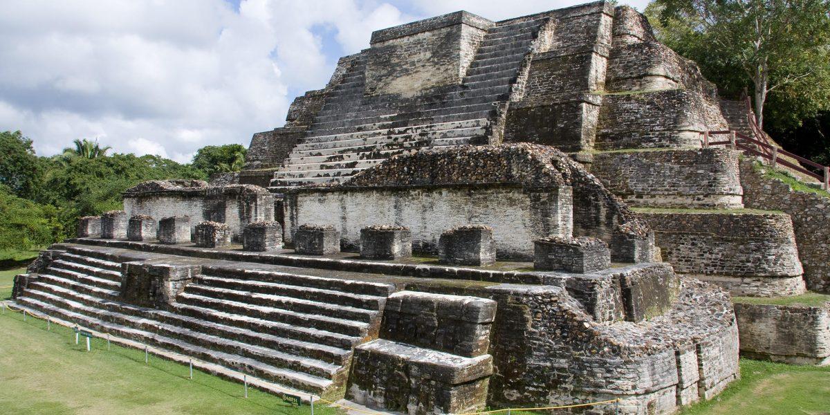 Xunantunich - Inland Adventures - Maiden of the Rock - Temple - Belize - Anda De Wata Tours