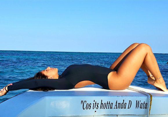 Anda De Wata Tours - Boat - Snorkel Tours - Snorkeling Belize