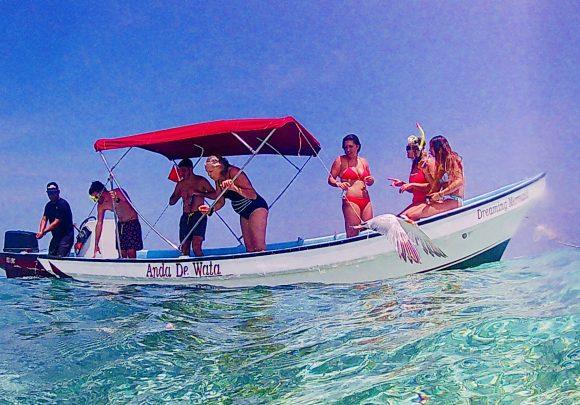 Anda De Wata - Boat - Dreaming Mermaid - Snorkel Tours - Snorkeling Belize