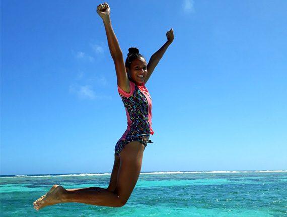 Goff's Caye Special - Snorkel Tours - Anda De Wata - Tropical Island - Goff's Caye Island - Beach BBQ - Sand Dune stop