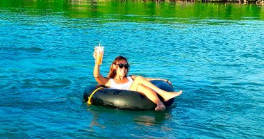Island Tubing - Caye Caulker's Coast - Sunset Tube Ride - Rum Punch - Anda De Wata Tours