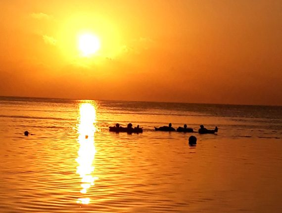 Island Tubing - Caye Caulker's Coast - Sunset Tube Ride - Rum Punch - Anda De Wata Tours